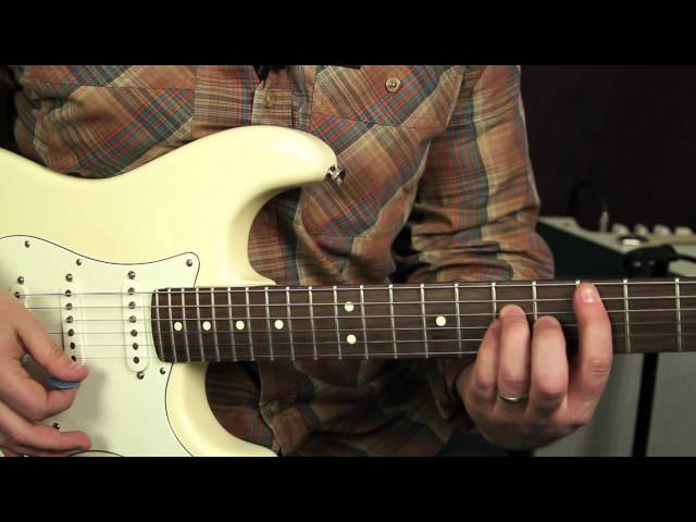 Eric Clapton – Cocaine – guitar lesson by Marty Schwartz | Riff Channel