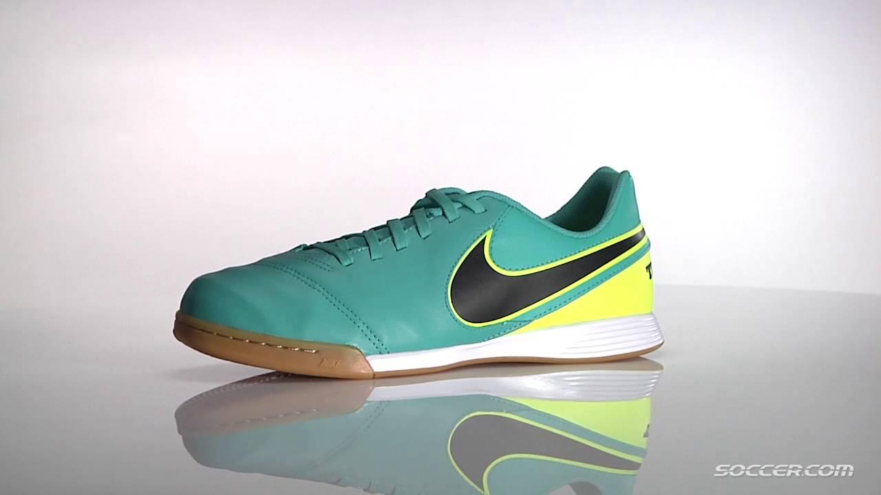 newest collection f7c79 c172d Nike Junior Tiempo Legend 6 IC