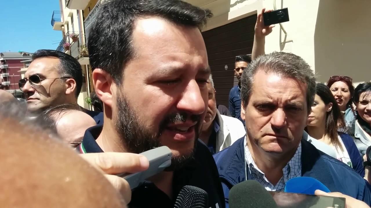 Matteo Salvini a Lamezia Terme per l'inaugurazione della ...