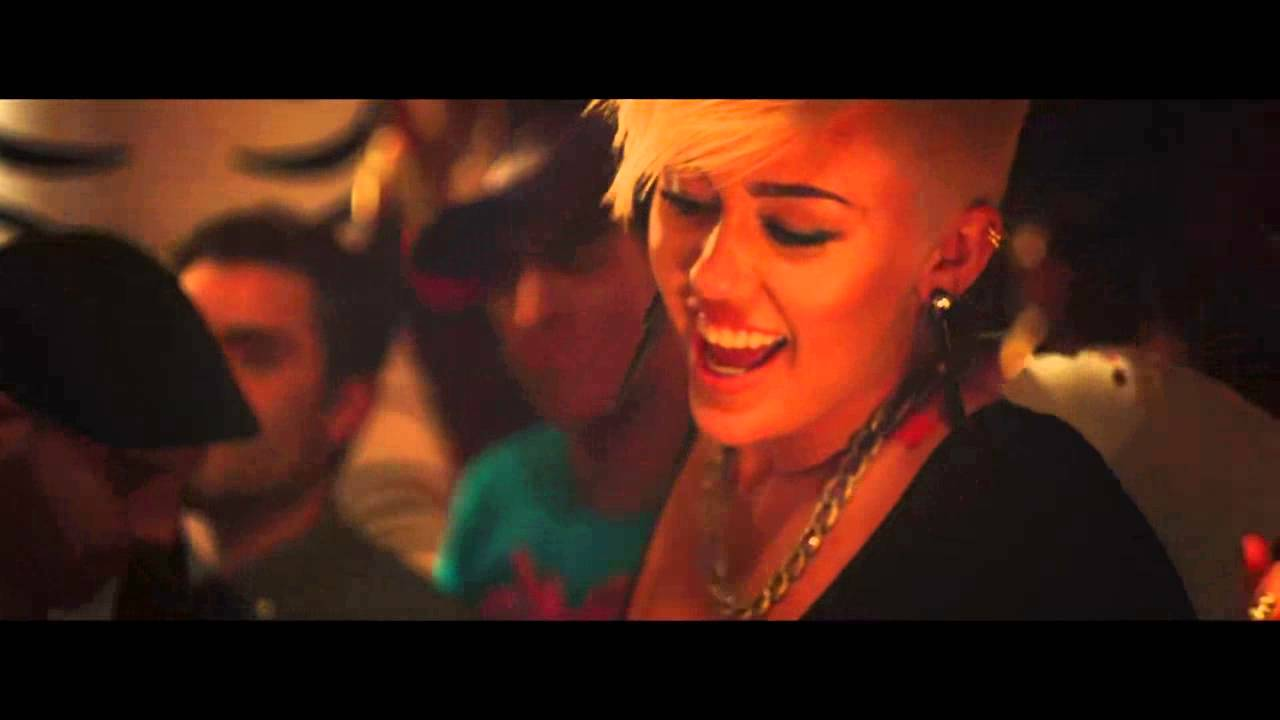 Descargar MP3 Decisions Borgore Feat Miley Cyrus - MP3XDcom
