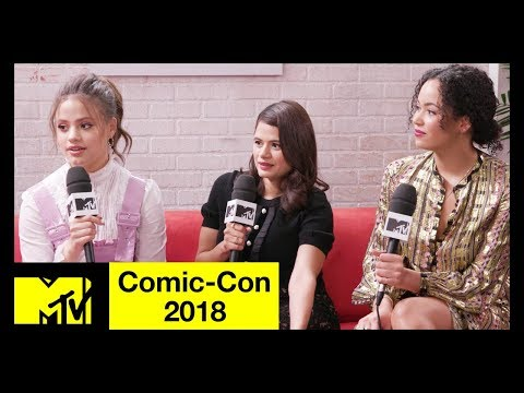 Charmed Reboot Cast on Honoring the Original Series  ComicCon 2018  MTV