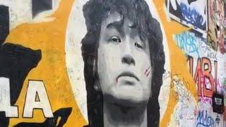 Стена Цоя в Москве на Арбате (4.09.2020) смотреть онлайн в хорошем качестве - VIDEOOO