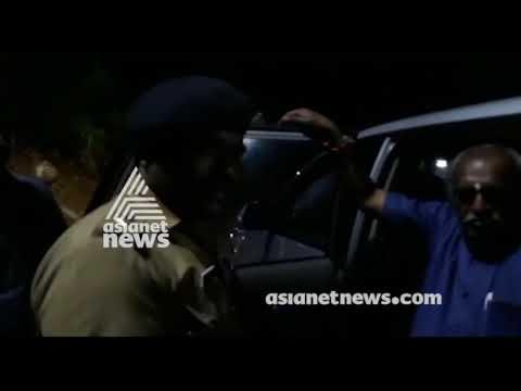 Police blocked Minister Pon Radhakrishnan's vehicle