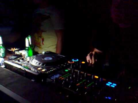 Jimpster - Live @ Very Nice (Podgorica - Montenegro) 12.02.2010.mp4