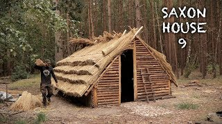 Building a Thatch Roof House: Bushcraft Saxon House (Part 9)