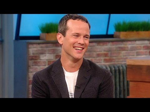 'Aladdin' Star Scott Weinger Shares His Favorite Robin Williams Memories