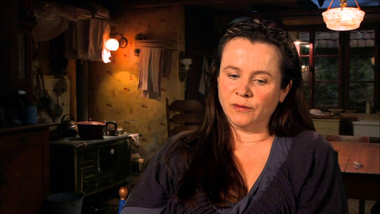 the book thief emily watson rosa on set movie interview