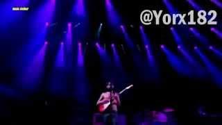 Biffy Clyro - Black Chandelier Live Subtitulada