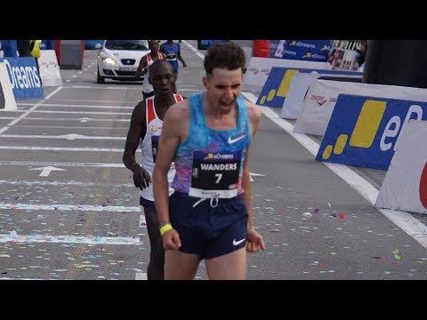 ace30fd470fd Julien Wanders 60 09 at Barcelona Half Marathon 2018 - YouTube