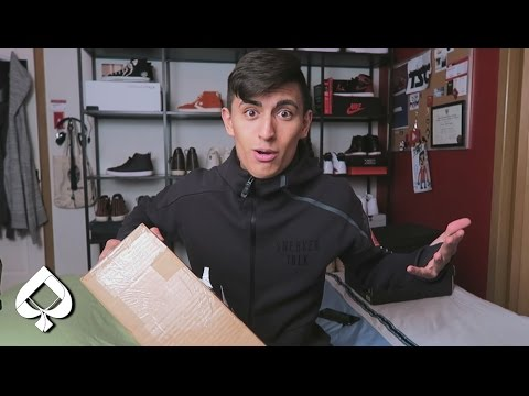 My FIRST Pair Of YEEZYS! HYPE Sneaker Unboxing!