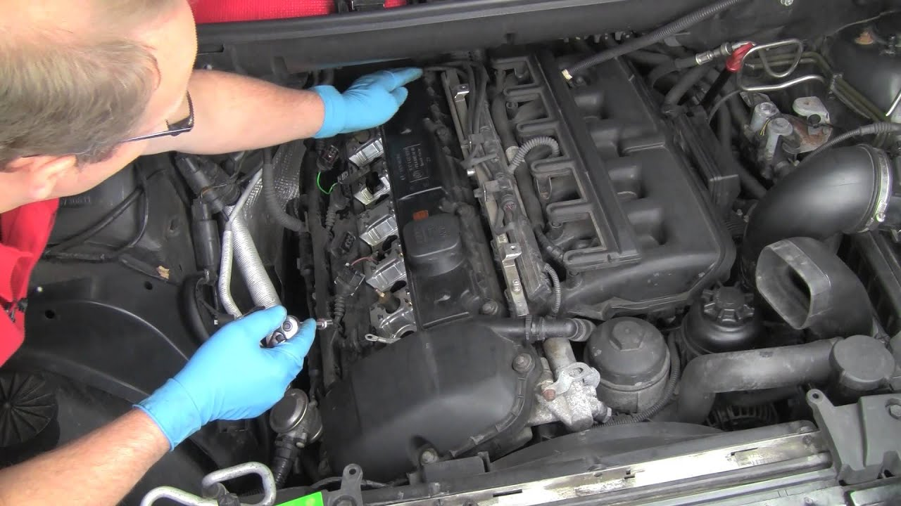 Part 1 Replacing A Bmw 6 Cylinder Valve Cover Gasket Youtube