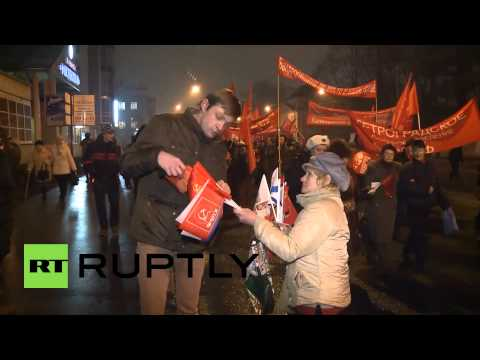 Russia: St Petersburg marks 97th anniversary of October Revolution