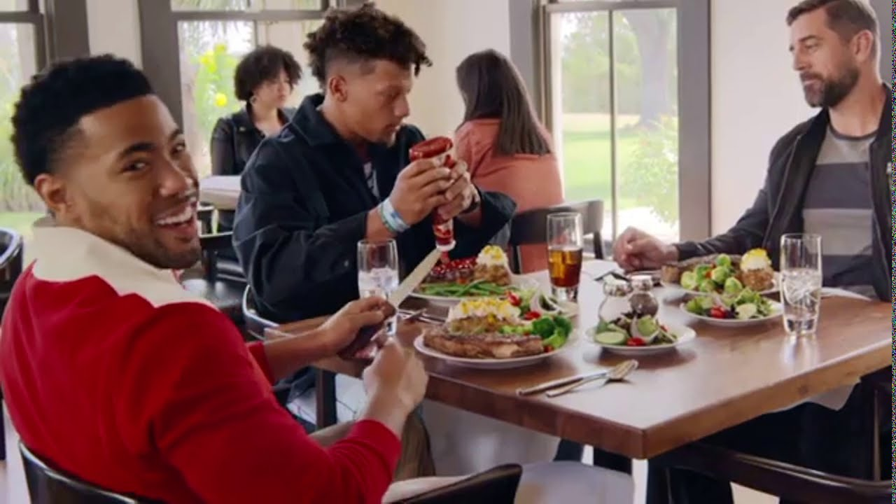 State Farm Commercial Steakhouse Aaron Rodgers And Patrick Mahomes Youtube
