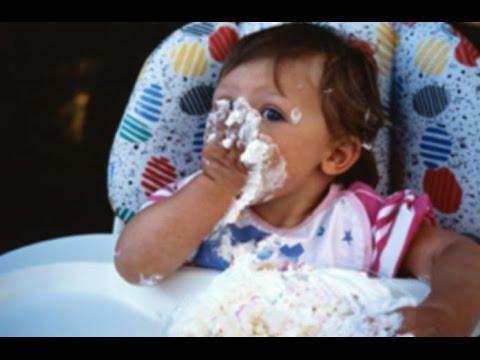Что нужно и можно кушать маленьким детям? Питание малышей