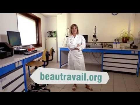 Vidéo Métier : une jeune préparatrice en pharmacie, témoigne.de YouTube · Durée:  3 minutes 4 secondes