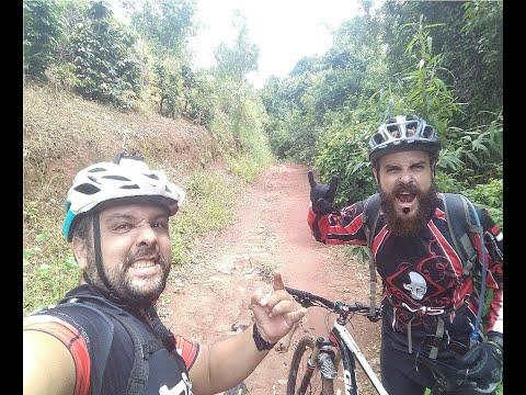 Trilha nas Proximidades do Morro do Chapéu. Varginha-MG