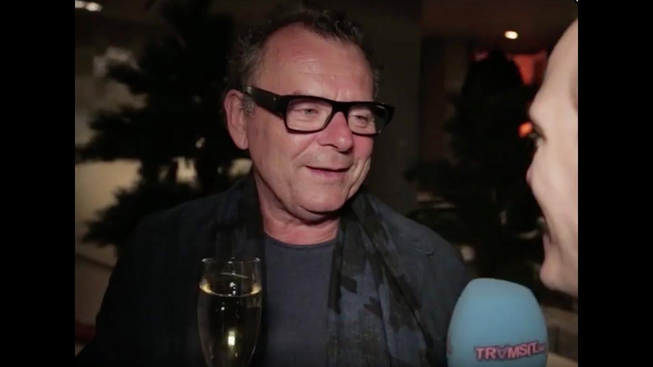 Steffo Törnquist full i Nyhetsmorgon! - YouTube