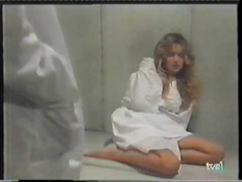 POBRE DIABLE - straitjacket scene in telenovela