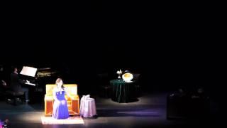Annie Mak performing Süßer Freund, du blickest mich verwundert an (Sweet My Friend, Thou Viewest)