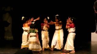 MMA Onam 2009 - Thiruvona Pulari - Kuttikalude Thiruvathirakali