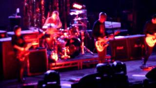 Smashing Pumpkins - 01 Frail and Bedazzled (live) @ Lisbon 09-12-2011