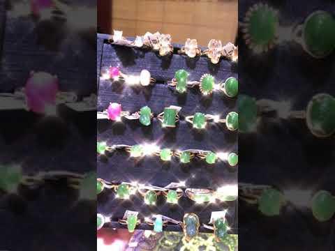 Giao buôn trang sức vàng bạc- xưởng tạc đá quý