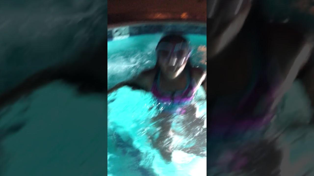 premium selection fbe6e 3abda iPhone 8 plus quick underwater video.