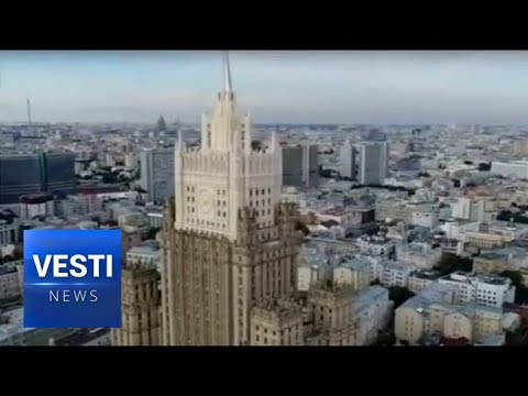 Moscow: The Foreign Ministry Skyscraper Acquires Historical Look After Renovation
