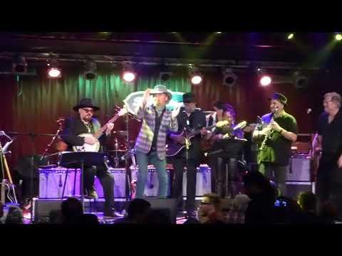 Jimmy Vivino's NYC Blues Revue ft Chris Barnes - I'm Gonna Get High 9-6-17 BB King, NY