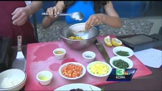 Kcra Sunday Brunch: Seafood Cakes With Mango Papaya Relish
