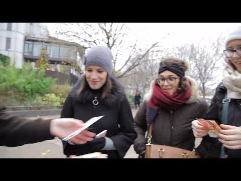 "Jono Blythe, Close-Up Magician ""More Money Magic"""