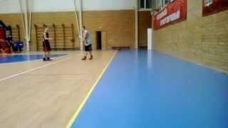 Баскетбол. Игра на тренировке 1 на 1. 2015.01.17.