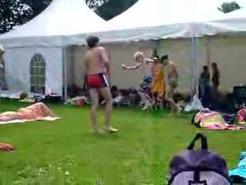 Jumpen zwembad twello zoka 2007 youtube for Twello zwembad