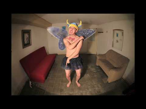 Benny Benassi - Cinema (Skrillex Remix) Stop Motion by: Messe Kopp