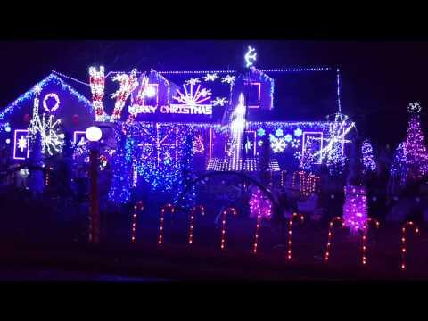 1200 Cleveland St, Wilmette Christmas lights