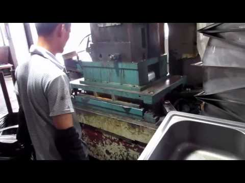 China Import, China Quality Control: Kitchen Sinks / Production 4