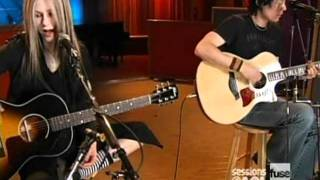 Avril Lavigne - Sk8er Boi [acoustic] live [Sessions @ AOL]  [April 12, 2004]  [HQ]