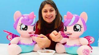 Ayşe'nin bebek bakım evi! İkiz pony bebekleri