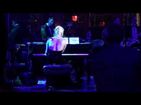 Lady Gaga  Bad Romance Tony Bennetts Birthday Celebration