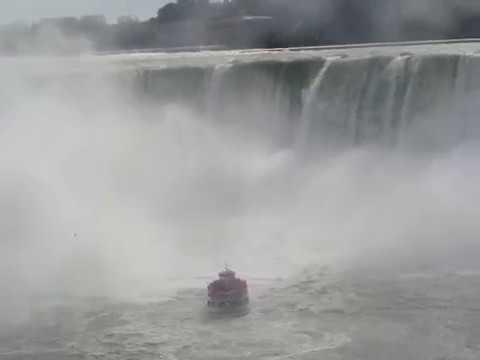 MAID OF THE MIST VI NIAGARA FALLS CANADA AND USA 2018