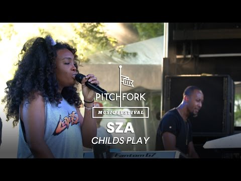 """SZA performs """"Childs Play"""" -Pitchfork Music Festival 2014"""