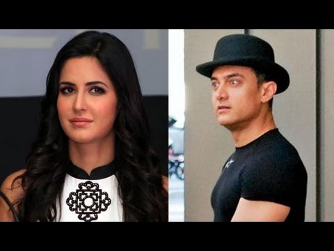 Aamir Khan Turns Santa Claus For 'Dhoom 3' Co-Star Katrina Kaif