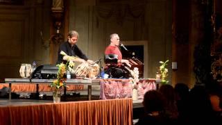 Krishna Das - Om Namah Shivaya Kirtan Prague 2011 10 24 Concert DSC_1537.MOV