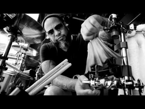 Guns N' Roses | Frank Ferrer Interview | Live Nation Germany Austria Switzerland