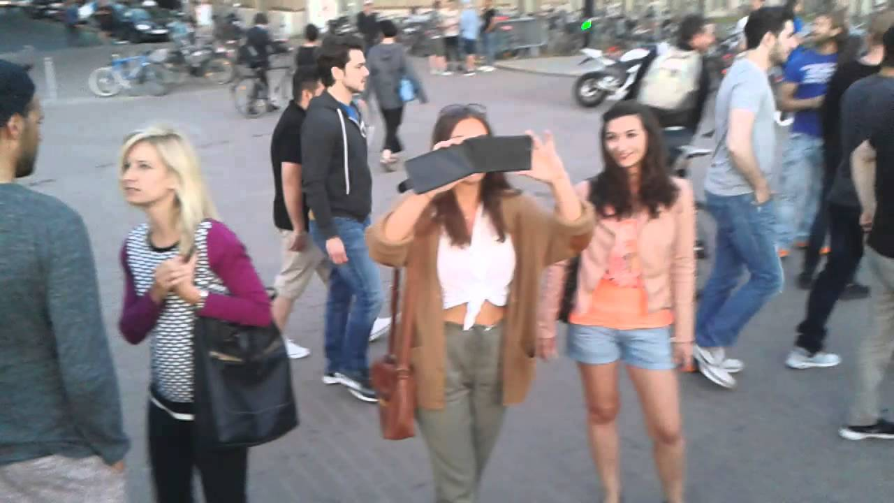 Dusseldorf girls
