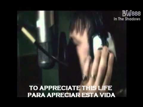 Iron Maiden-Different World (Lyrics, Subtitulos en español)
