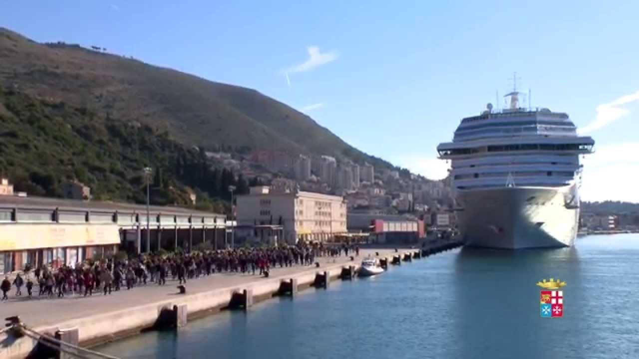 Marina militare portaerei cavour in croazia youtube - Cavour portaerei ...