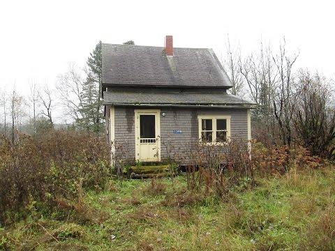 Urban exploration: Abandoned homes and car