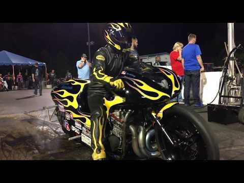 Ultra-quick, Nitrous Fed Pro Mod Dragbike - Eric McKinney Fast Suzuki GS