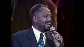 Donald Lawrence & the Tri-City Singers - When Sunday Comes